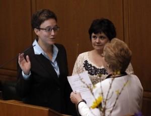 House Speaker Tina Kotek is sworn in by former Governor Barbara Roberts, AP Photo/Don Ryan