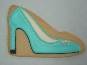 high-heels-adozen eggs