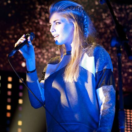 Hannah Reid of London Grammar, coming to Portland's Wonder Ballroom March 28 and Seattle's Neumos Crystal Ball Reading Room on March 29.